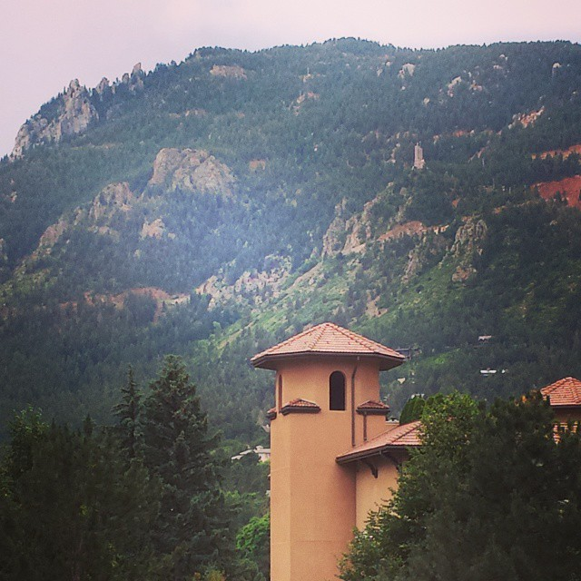 Cheyenne Mountain Resort: Luxury For Little Ones (and Family) At The Broadmoor Resort